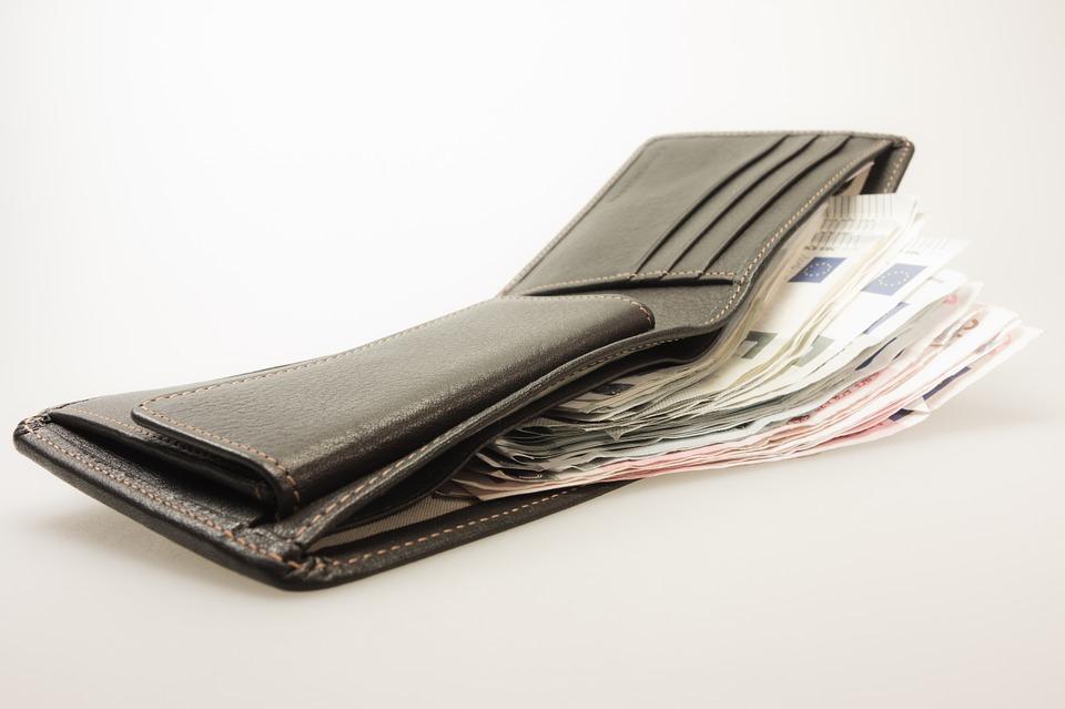money-494160_960_720