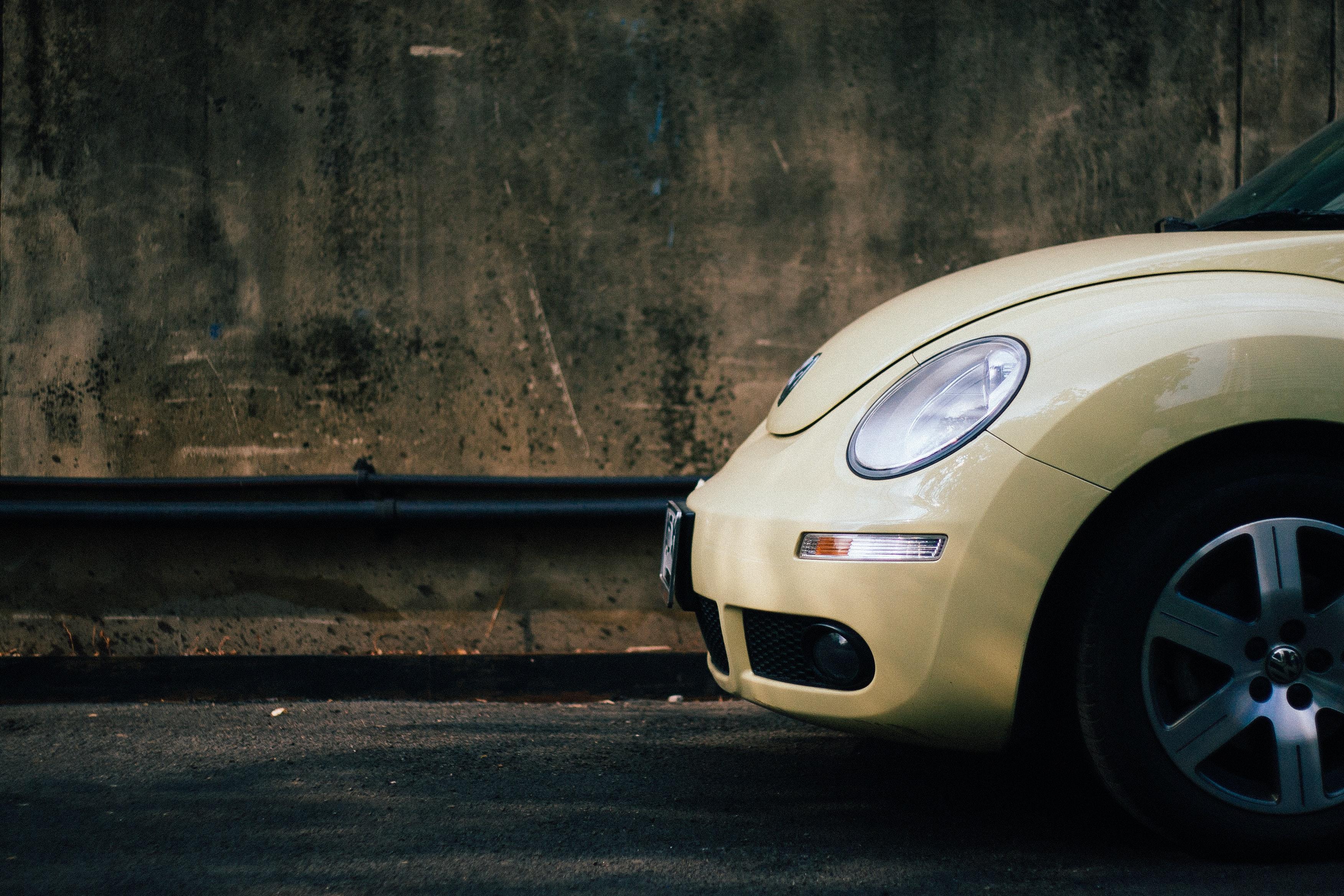 Qué es mejor si eres autónomo: ¿comprar un coche o hacer leasing?