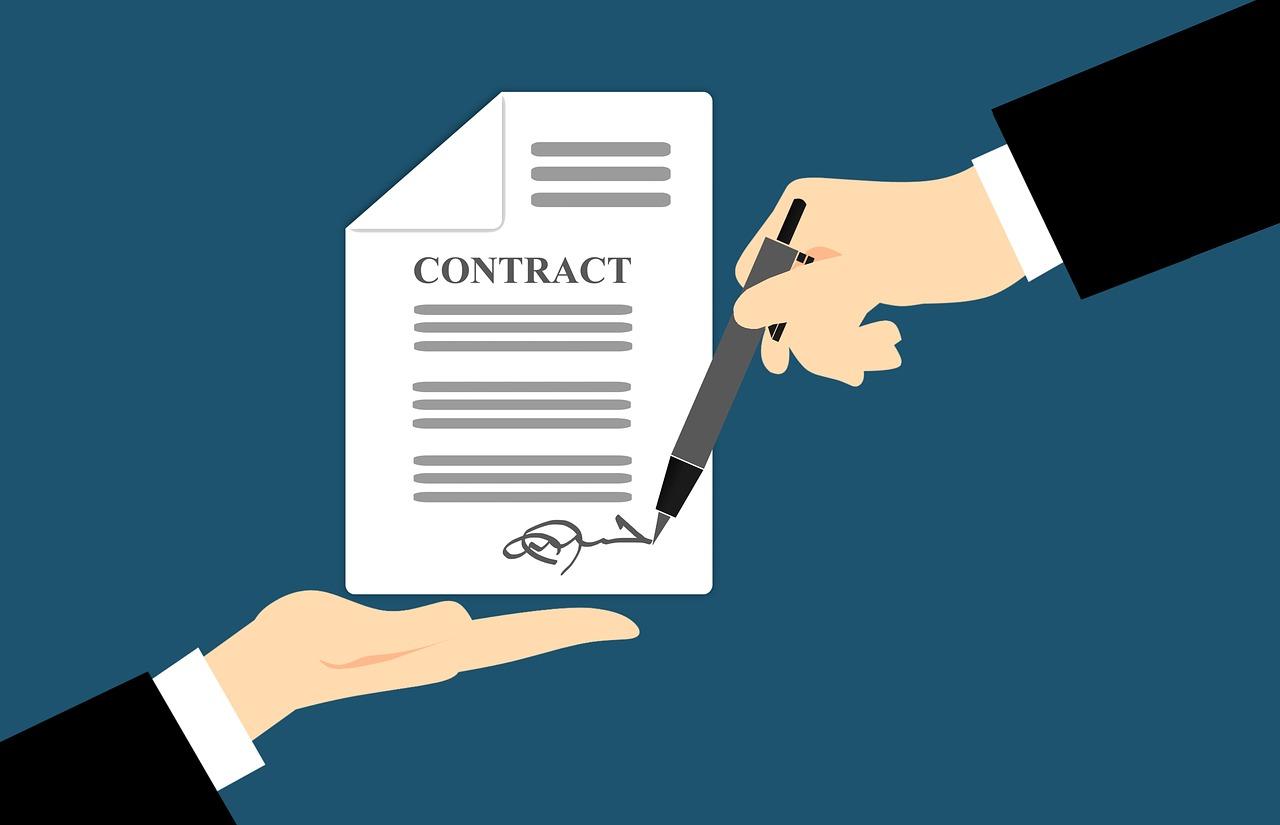 Trabajar sin contrato de trabajo: qué consecuencias y sanciones tiene